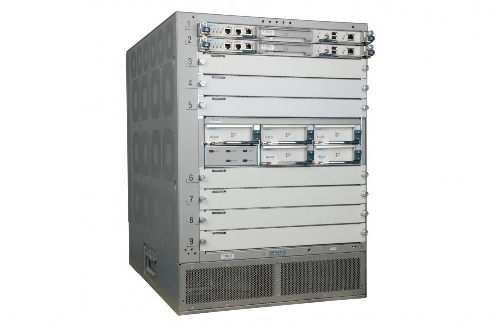 Cisco Nexus 7009 - Bundle - Switch - L3 - managed